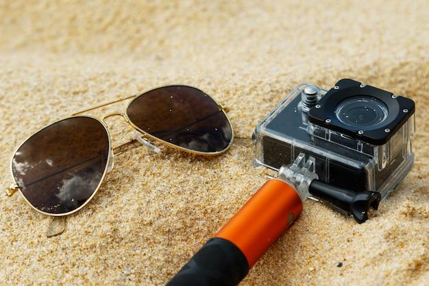 Sonnenbrille und action-cam