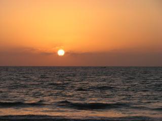 Sonnenuntergang am strand karachi