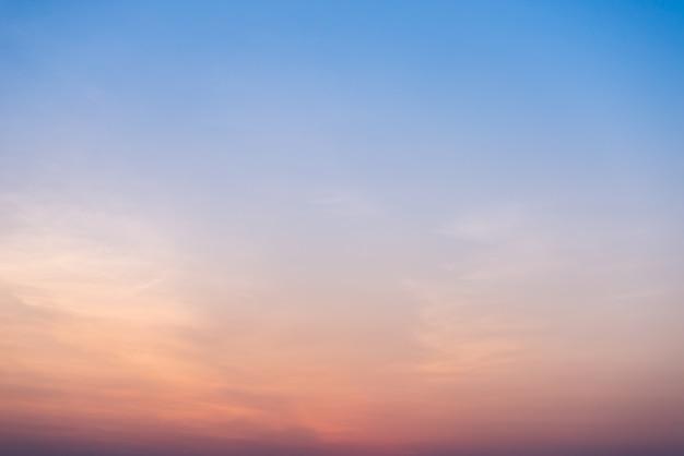 Sonnenuntergang himmel am strand