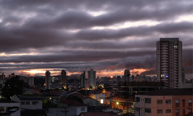 Sonnenuntergang in sao paulo