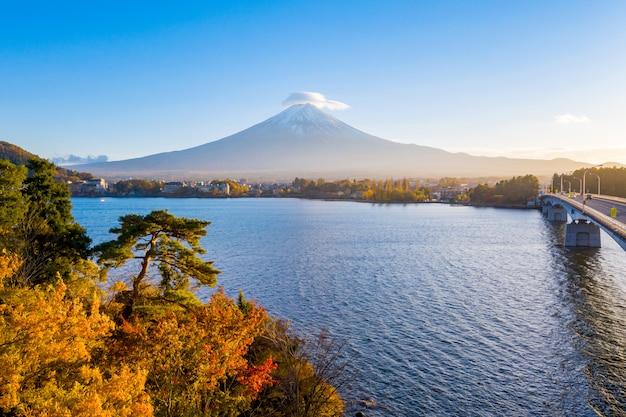 Sonnenuntergang von kawaguchiko see, fuji berg, japan