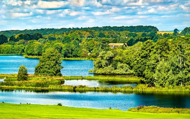 South lake bei castle howard in north yorkshire, england, uk