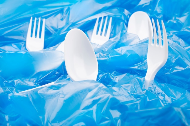 Soziales umweltproblem. plastikverschmutzung des planeten