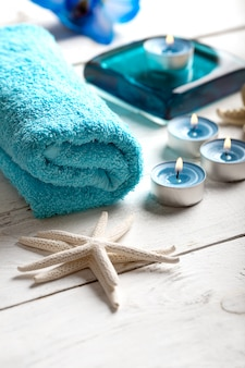 Spa-elemente mit handtuch