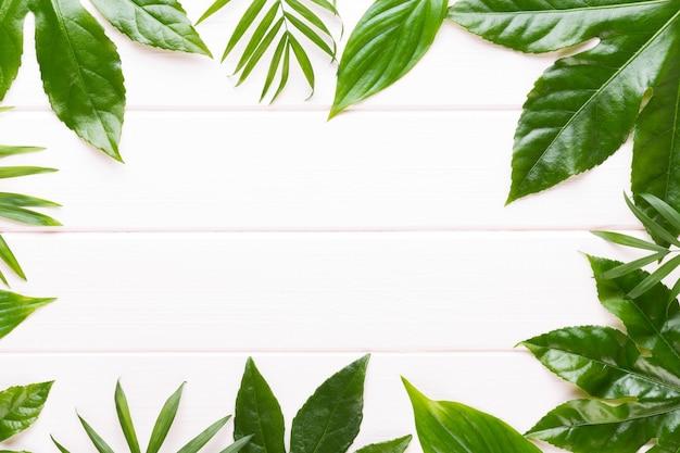 Spa-hintergrund mit copyspace. spa-wellness-grußkarte. aromatherapie-thema, handgemachte kosmetik