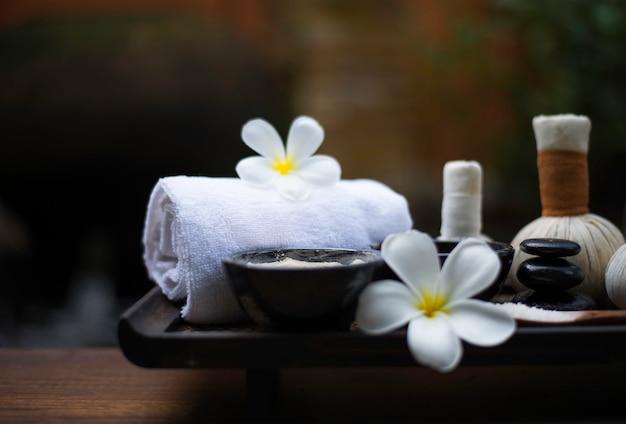 Spa-massagekompressionsbälle, kräuterball und behandlungsbad