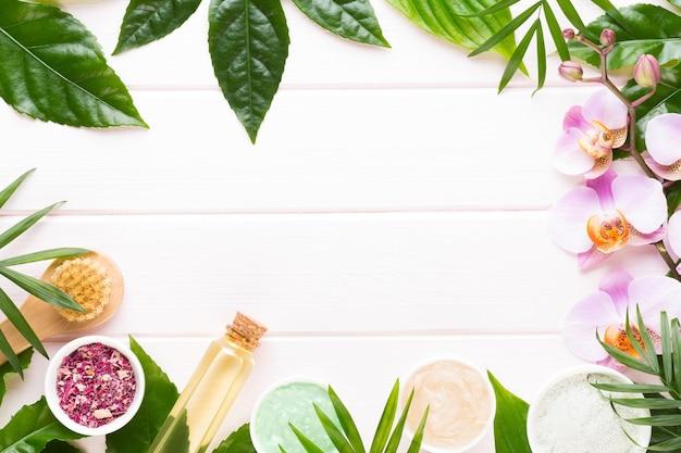 Spa mit platz für einen text. spa wellnes grußkarte. aromatherapie-thema, handgemachte kosmetik