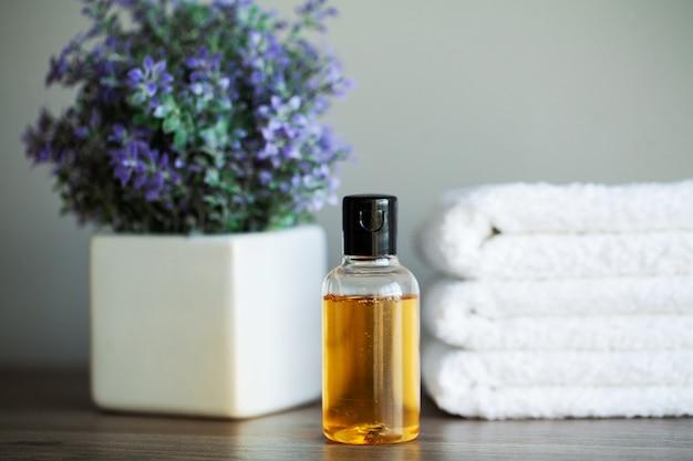 Spa relax und gesunde pflege. gesundes konzept. natürliche haushaltsprodukte für die hautpflege