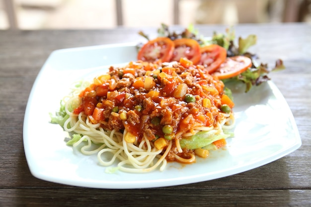 Spaghetti beef bolognese
