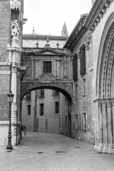 Spanien, valencia. detail der kathedrale - basilika mariä himmelfahrt von valencia