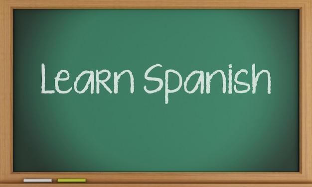 Spanisch lernen auf tafel geschrieben.