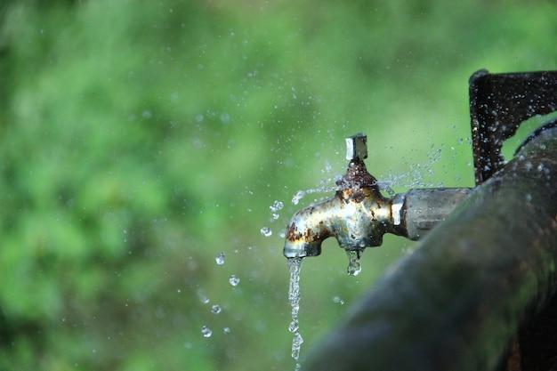 Spare wasser rette leben