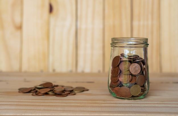 Sparen sie geld für ruhestand für finanzgeschäftskonzept