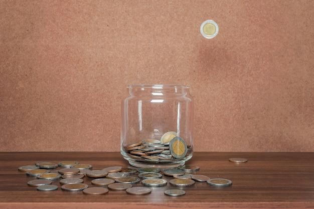Sparen sie geld und konto-banking
