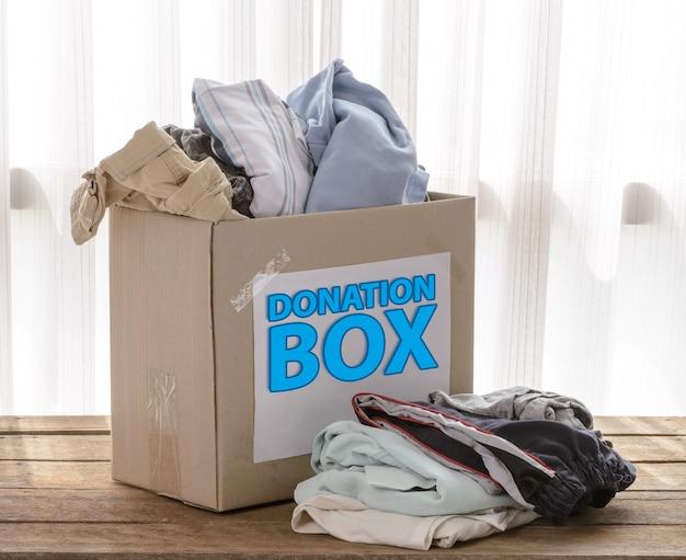 Spendenbox für kleidung