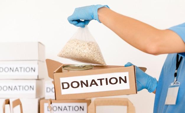 Spendentasche mit proviant