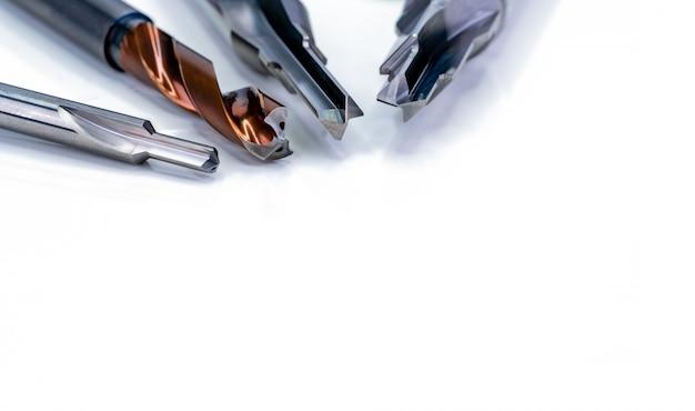 Spezialwerkzeuge isoliert. hss-hartmetall. hartmetall-schneidwerkzeug für industrielle anwendungen.