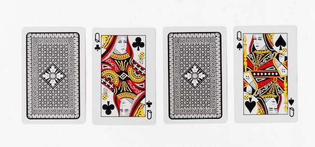 Spielkarten königin karte und zurück weißen hintergrund modell
