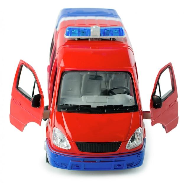 Spielzeugpolizeiwagen mit vorderansicht der geöffneten türen.