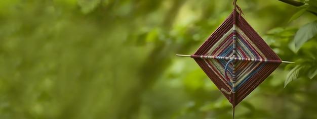Spirituelles talisman-detail, bannerbild mit kopienraum