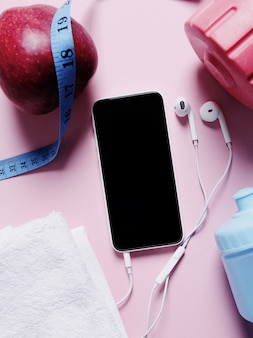 Sportausrüstung und smartphone