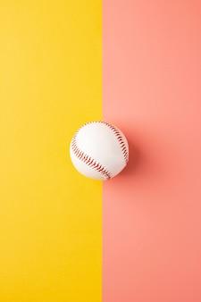 Sportsortiment im minimalistischen stil