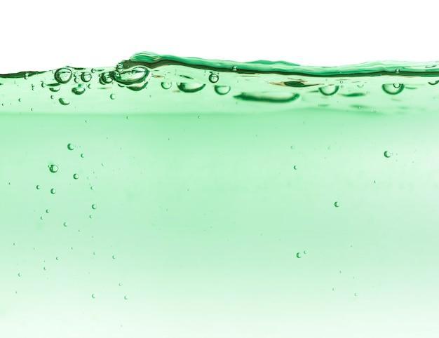 Spritzer kosmetischer feuchtigkeitscreme blumenwasser mizellen toner lotion oder emulsion abstrakten hintergrund