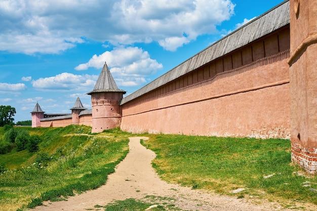 St. euthymius-kloster. goldener ring von russland, antike stadt von susdal, wladimir region, russland.