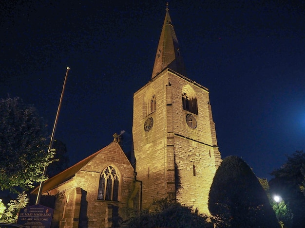 St mary magdalene church in tanworth in arden bei nacht