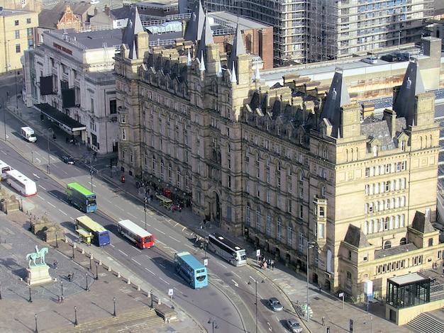 Stadt mit alter architektur in liverpool