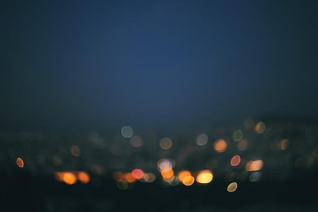 Stadt nachts, bokeh hintergrund.
