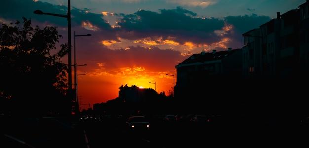 Stadt sonnenuntergang