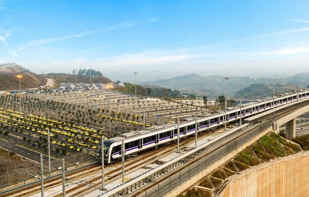 Stadtbahnviadukt mit hoher geschwindigkeit
