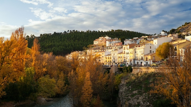 Stadtbild der historischen stadt cuenca