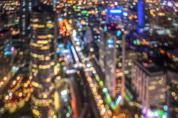 Stadtbild nachtlichter bokeh hintergrund