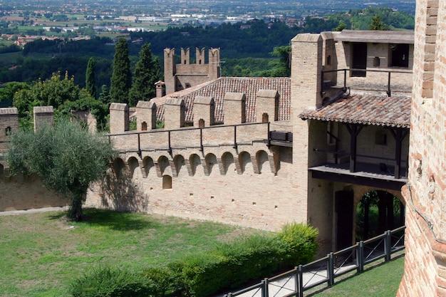 Stadtmauern von gradara