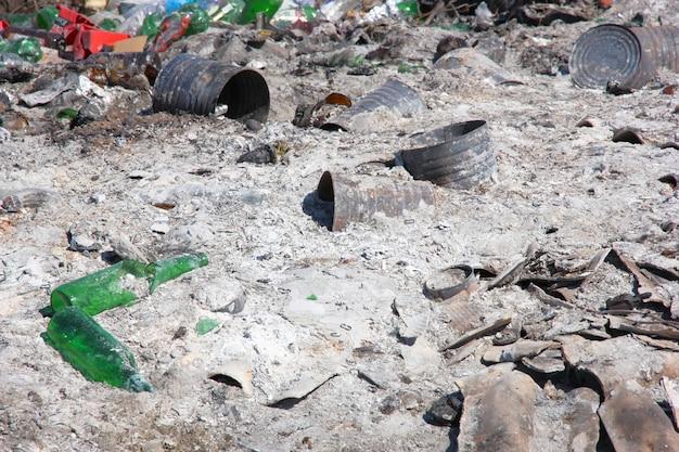 Stadtmüllkippe: demonstration von umweltproblemen