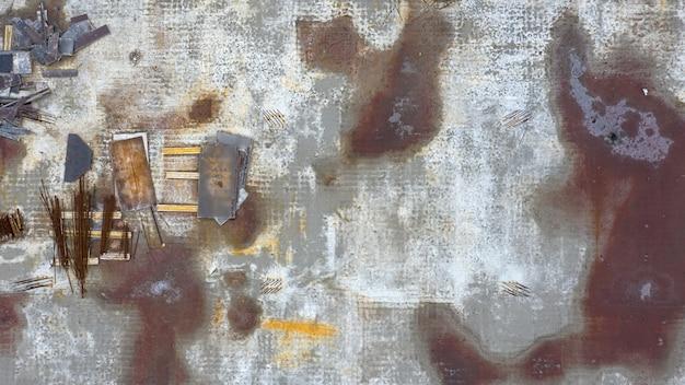 Stahlbetonkonstruktionen. draufsicht auf eine verlassene baustelle.