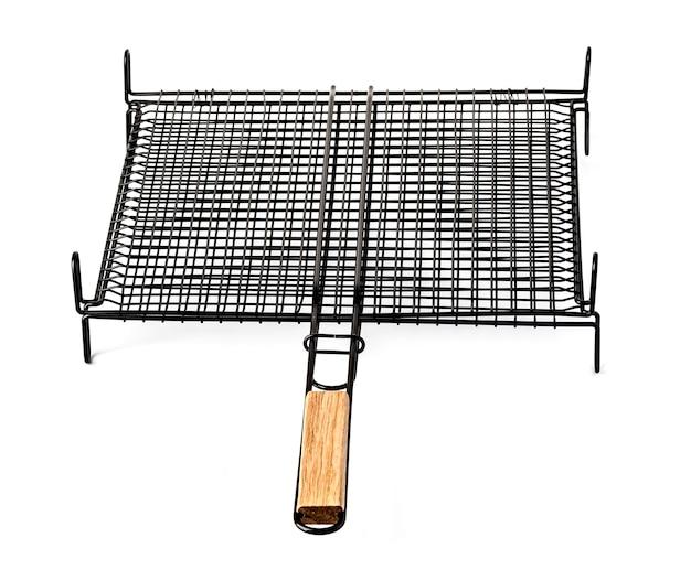 Stahlgitter für grill lokalisiert auf weiß.