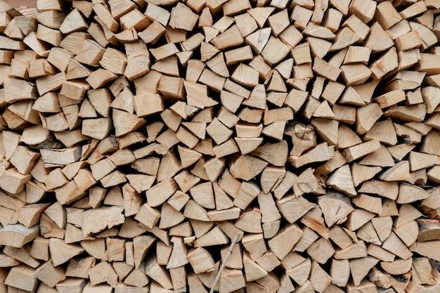 Stapel brennholzhintergrund