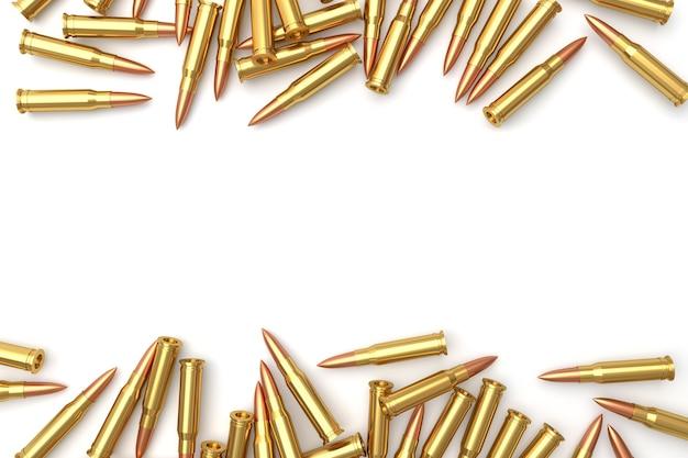 Stapel der gewehrkugeln auf weißem hintergrund