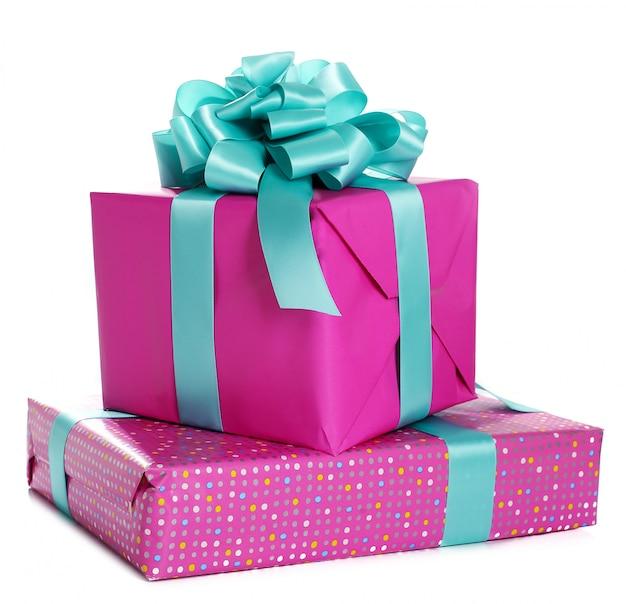 Stapel geburtstagsgeschenke