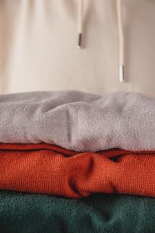 Stapel herbst basic damen rollkragenpullover in trendigen farben minimalistische basic garderobe