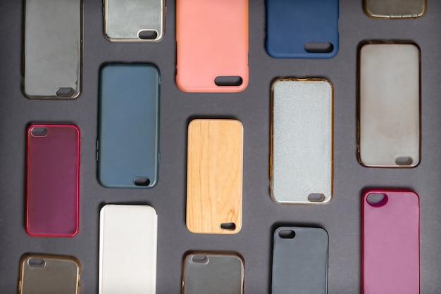 Stapel mehrfarbiger kunststoff-rückabdeckungen für mobiltelefone