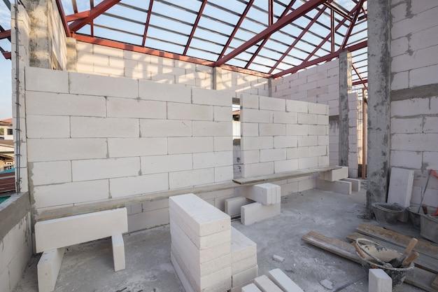 Stapel weißer leichtbetonblock, geschäumter betonblock