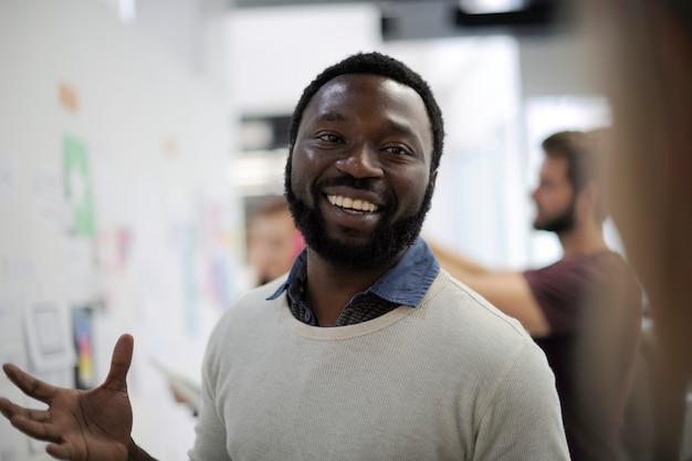 Startup business people auf präsentationsworkshop