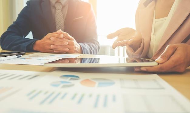 Statistik-chart team büro finanzen arbeitsplatz