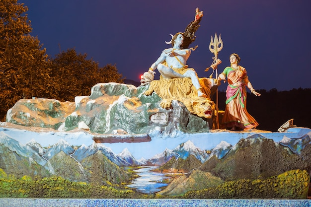 Statuen in rishikesh