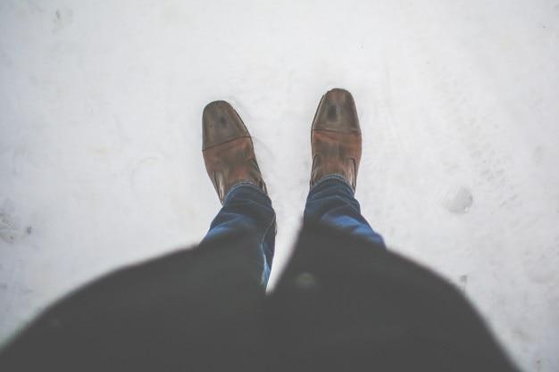 Stehend auf schnee