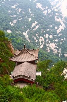 Steinpagode auf dem heiligen berg hua shan, xi'an, china